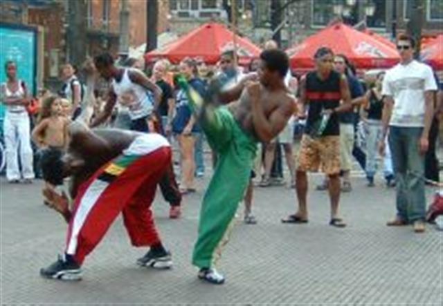capoeirainthestreet2small.jpg