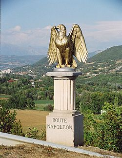 La route Napoléon dans Histoire 250px-route-napoleon02