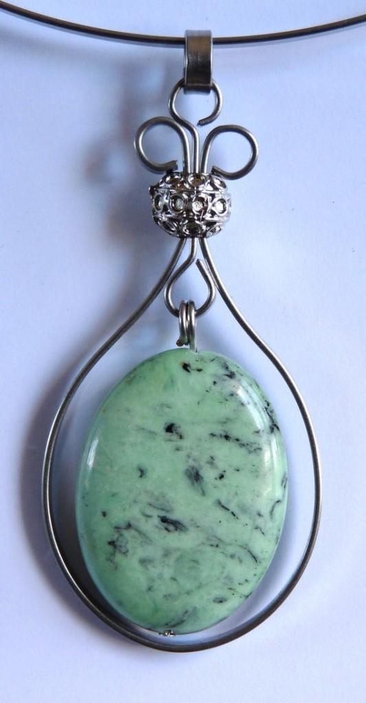 Metalmorfoz dans Trièves service pendentif-pendentif-jade-australien-5414195-01_10_2013-054-e3314_570x0